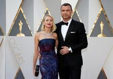 Actors Naomi Watts and husband Liev Schreiber arrive at the 88th Academy Awards in Hollywood, California February 28, 2016.  REUTERS/Lucy Nicholson/File Photo