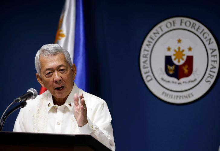 Philippines Foreign Affairs Secretary Perfecto Yasay speaks during a news conference at the Department of Foreign Affairs in Pasay city Metro Manila, Philippines July 27, 2016. REUTERS/Erik De Castro/Files