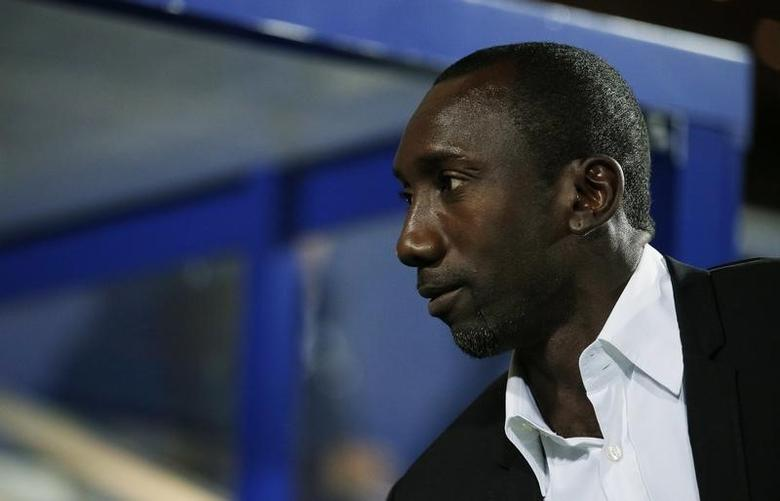 Britain Football Soccer - Queens Park Rangers v Sunderland - EFL Cup Third Round - Loftus Road - 21/9/16Queens Park Rangers manager Jimmy Floyd Hasselbaink before the match Action Images via Reuters / Andrew CouldridgeLivepic