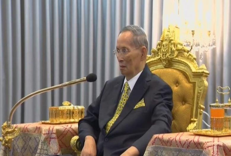 Thailand's King Bhumibol Adulyadej is seen attending a ceremony in Bangkok, Thailand December 14, 2015 in this still image taken from Thai TV Pool video.  REUTERS/Thai TV Pool