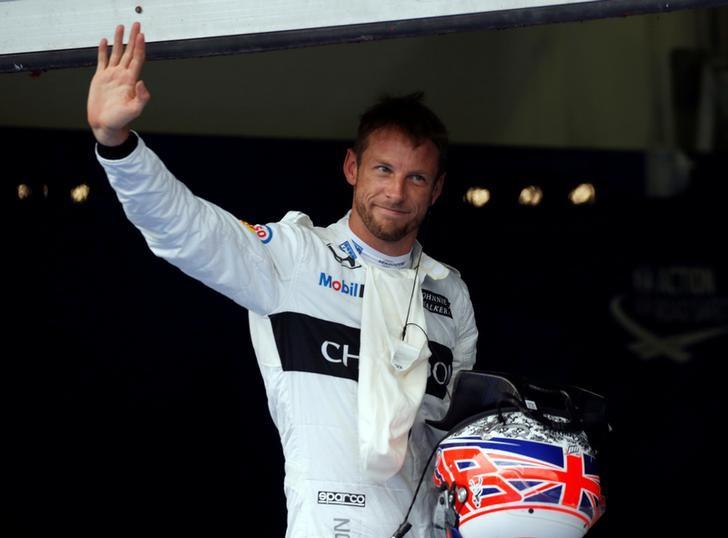 Formula One - F1 - Malaysia Grand Prix - Sepang, Malaysia - 1/10/16 McLaren's Jenson Button of Britain waves after qualifying session. REUTERS/Edgar Su