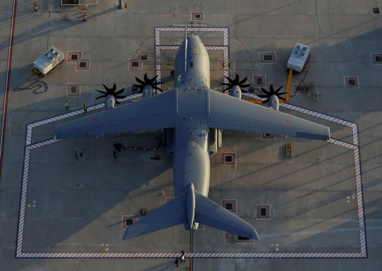 An Airbus A400M military transport plane is parked at the Airbus assembly plant in Seville, southern Spain June 23, 2016.  REUTERS/Marcelo del Pozo