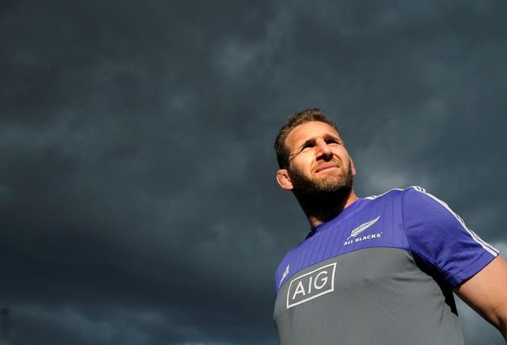 The New Zealand All Blacks rugby team captain Kieran Read walks under cloudy skies during a team training session in Sydney, Australia, August 19, 2016, before their first Bledisloe Cup game against Australia's Wallabies on Saturday. REUTERS/Jason Reed