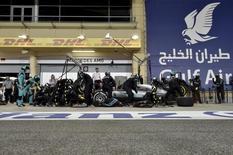 Formula One - Bahrain F1 Grand Prix - Sakhir, Bahrain - 03/04/16 - Mercedes F1 driver Nico Rosberg of Germany gets a tire change. REUTERS/Andrej Isakovic/Pool