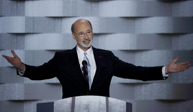 Pennsylvania Governor Tom Wolf speaks on the final night of the Democratic National Convention in Philadelphia, Pennsylvania, U.S. July 28, 2016. REUTERS/Mike Segar