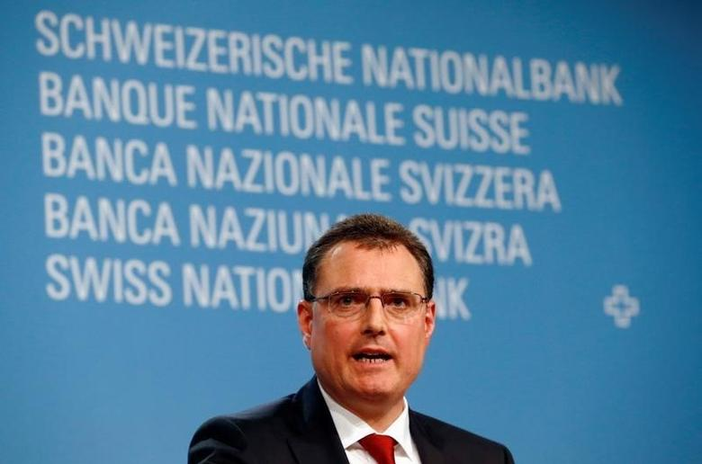 Swiss National Bank (SNB) Chairman Thomas Jordan attends a news conference in Bern, Switzerland June 16, 2016. REUTERS/Ruben Sprich