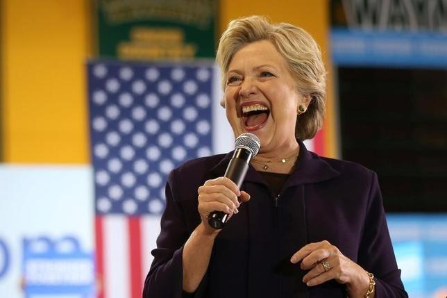 10月10日、クリントン氏が前週末時点で米大統領選実施でも、95%の確率で勝利する見通しだったことが調査で分かった。写真はデトロイトで同日撮影(2016年 ロイター/Lucy Nicholson)