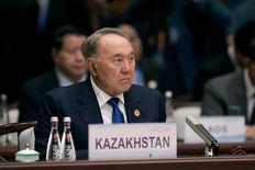 Нурсултан Назарбаев на церемонии открытия саммита G20 в Китае. Бессменный президент Казахстана Нурсултан Назарбаев из-за простуды находится на лечении, сообщила во вторник его пресс-служба. REUTERS/Nicolas Asfonri/Pool