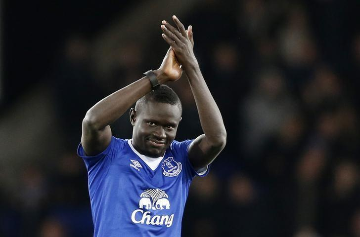 Football Soccer - Everton v Newcastle United - Barclays Premier League - Goodison Park - 3/2/16Everton's new signing Oumar Niasse is presented to the fans before the gameAction Images via Reuters / Carl RecineLivepic