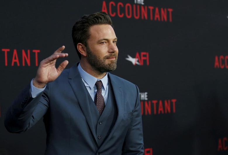Cast member Ben Affleck poses at the premiere of ''The Accountant'' at the TCL Chinese theatre in Hollywood, California U.S., October 10, 2016.   REUTERS/Mario Anzuoni/File Photo