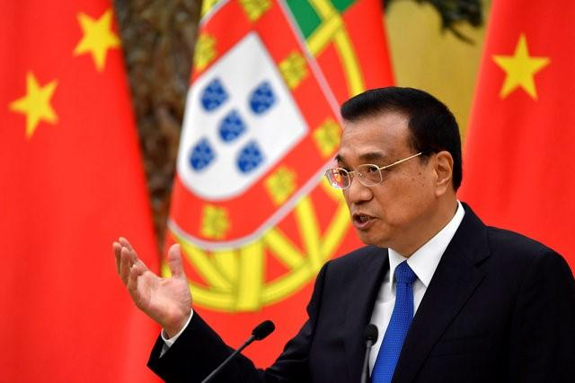 Chinese Premier Li Keqiang speaks during a joint news conference with Portuguese Prime Minister Antonio Costa (not pictured) at the Great Hall of the People in Beijing, China, October 9, 2016. REUTERS/Naohiko Hatta/Pool