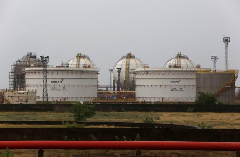 Storage tanks of an oil refinery of Essar Oil, which runs India's second biggest private sector refinery, are pictured in Vadinar in the western state of Gujarat, India, October 4, 2016. REUTERS/Amit Dave