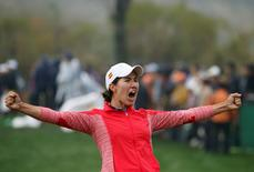 Golf - LPGA KEB Hana Bank Championship - Play-off Round - Incheon, South Korea - 16/10/16.  Carlota Ciganda of Spain celebrates on the eighteenth green after winning. REUTERS/Kim Hong-Ji
