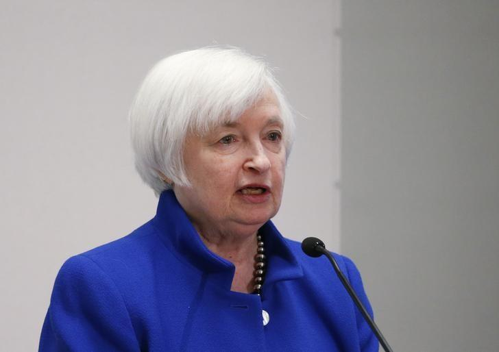 2016年10月14日,美联储主席叶伦在波士顿联储主办的经济会议上发言。 REUTERS/Mary Schwalm