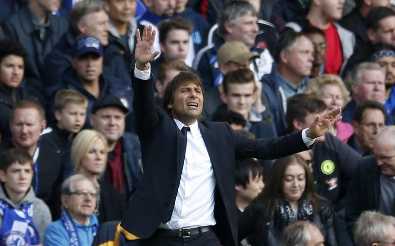 Britain Football Soccer - Chelsea v Leicester City - Premier League - Stamford Bridge - 15/10/16Chelsea manager Antonio Conte Action Images via Reuters / Andrew CouldridgeLivepic