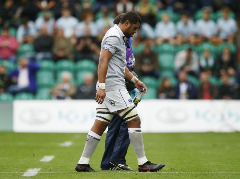 Britain Rugby Union - Saracens v Worcester Warriors - Aviva Premiership - Twickenham Stadium - 3/9/16Bath's Taulupe Faletau goes off injuredMandatory Credit: Action Images / Henry Browne