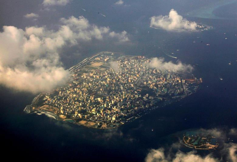 An aerial view of Maldives capital Male December 9, 2009. REUTERS/Reinhard Krause/File photo
