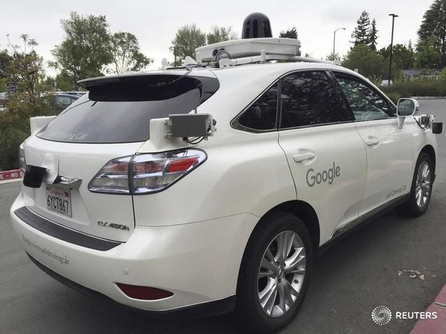 A Lexus version of a Google Self Driving car is shown in Moutain View, California, U.S., April 8, 2016.  REUTERS/Alexandria Sage/File Photo