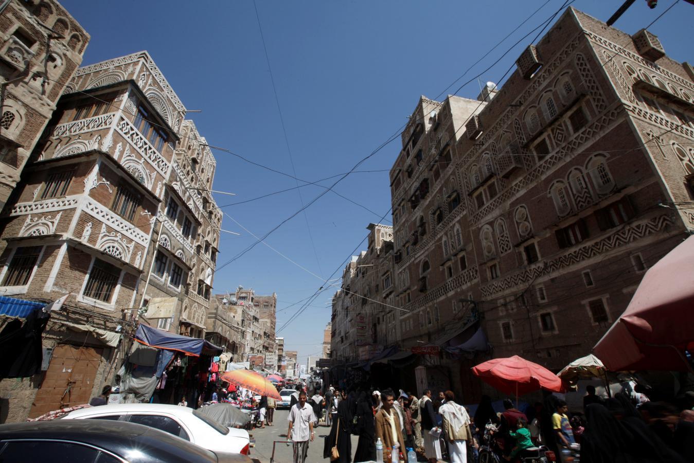 Combat rages in Yemen as U.N. seeks to extend 72-hour ceasefire