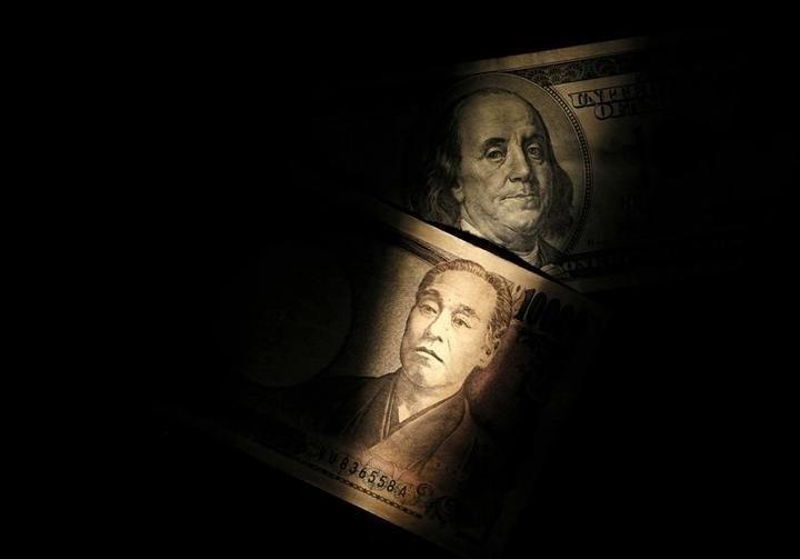 ドルが一時3カ月ぶり高値の105円、12月米利上げ観測で=NY市場