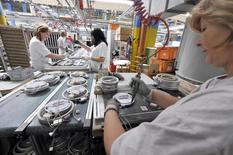 Les prix à la production sur le marché français ont augmenté de 0,1% en septembre après avoir été stables en août. /Photo d'archives/REUTERS/Srdjan Zivulovic