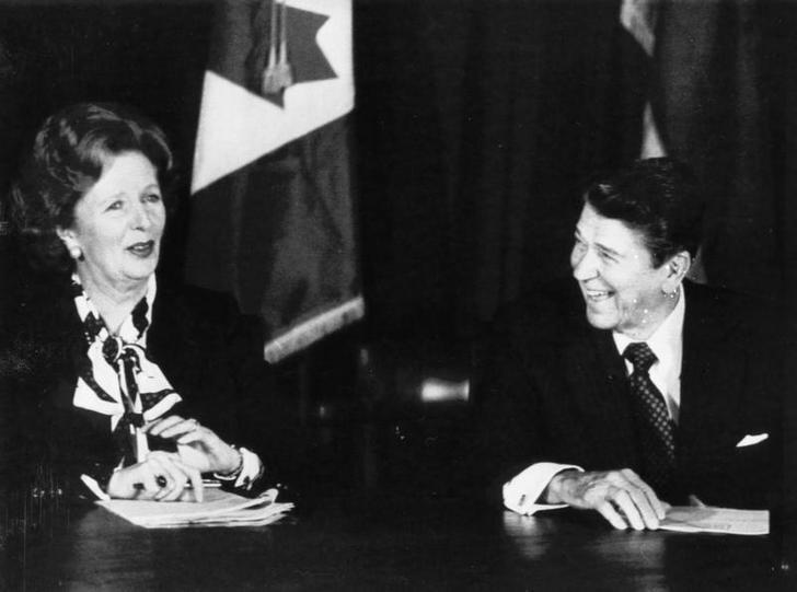 Will Trump continue Washington's special relationship with London? Here British Prime Minister Margaret Thatcher and President Reagan share a laugh during a meeting of the Allied leaders in New York on October 24, 1985.  REUTERS/Chas Cancellare