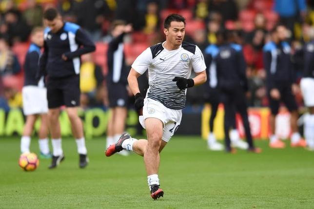11月19日、サッカーのイングランド・プレミアリーグ、岡崎慎司(写真)が所属する王者レスターは敵地でワトフォードに1─2で敗れた(2016年 ロイター)