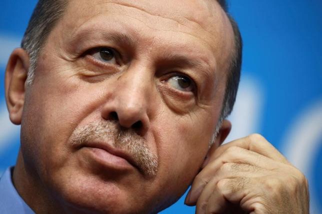 11月20日、トルコのエルドアン大統領は、 欧州連合(EU)加盟のために犠牲を払う必要はないと述べ、EUの代わりに中国、ロシア、中央アジア諸国で構成される協力機構「上海ファイブ」に加わる可能性を示唆した。写真は杭州市で9月撮影(2016年 ロイター/Damir Sagolj)