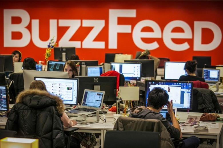Buzzfeed employees work at the company's headquarters in New York, January 9, 2014.   REUTERS/Brendan McDermid/File Photo