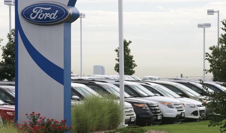 2013年9月4日,美国科罗拉多州Lakewood,一家福特汽车经销商的待售库存车。REUTERS/Rick Wilking