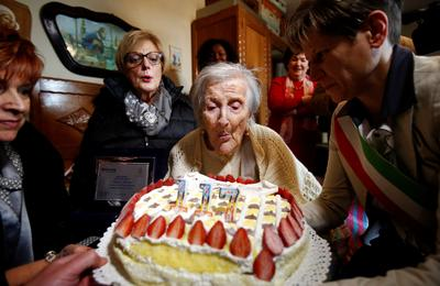 World's oldest person turns 117