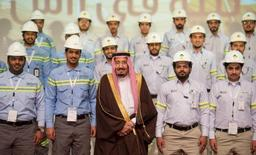Saudi King Salman (C) attends the inauguration ceremony of several energy projects in Ras Al Khair, Saudi Arabia, November 29, 2016. Saudi Press Agency/Handout via REUTERS