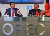 OPEC President Qatar's Energy Minister Mohammed bin Saleh al-Sada and OPEC Secretary General Mohammad Barkindo address a news conference after a meeting of the Organization of the Petroleum Exporting Countries (OPEC) in Vienna, Austria, November 30, 2016. REUTERS/Heinz-Peter Bader