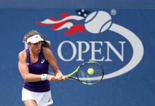 Aug 31, 2016; New York, NY, USA; Johanna Konta of Great Britain hits to Tsvetana Pironkova of Bulgaria on day three of the 2016 U.S. Open tennis tournament at USTA Billie Jean King National Tennis Center. Mandatory Credit: Jerry Lai-USA TODAY Sports  / Reuters