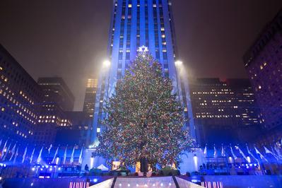 Lighting the Rockefeller Christmas tree