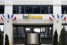 La banque publique Bpifrance a perdu 18,5 millions d'euros avec ses investissements dans Viadeo. /Photo d'archives/REUTERS/Charles Platiau