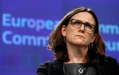 European Trade Commissioner Cecilia Malmstrom holds a news conference on Commission's proposal for a new methodology for anti-dumping investigations, at the EU Commission headquarters in Brussels, Belgium November 9, 2016.   REUTERS/Yves Herman