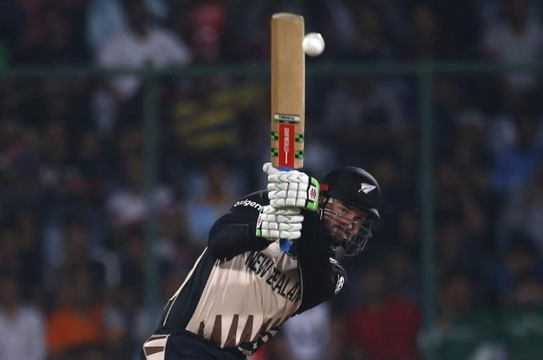 Cricket - England v New Zealand - World Twenty20 cricket tournament semi-final - New Delhi, India - 30/03/2016. New Zealand's Colin Munro plays a shot.  REUTERS/Adnan Abidi/Files