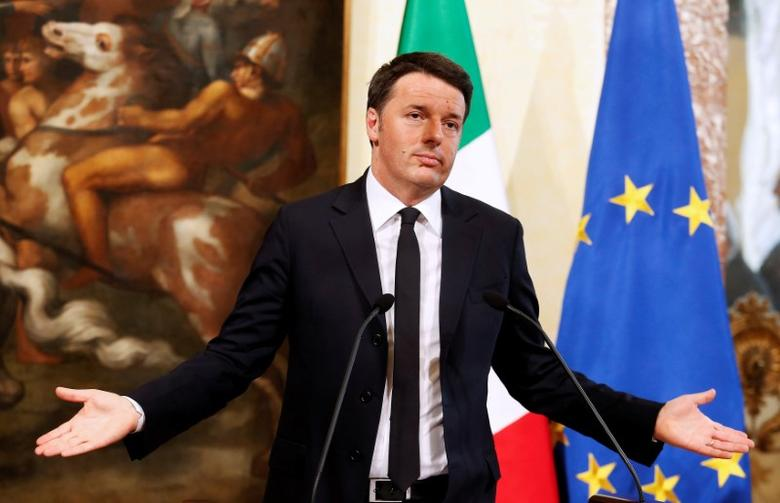 Italy's Prime Minister Matteo Renzi gestures during a news conference in Rome, Italy, April 7, 2016. REUTERS/Remo Casilli/File Photo