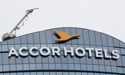 AccorHotels et Banyan Tree Holdings ont annoncé la signature d'un protocole d'accord afin de développer et gérer en commun les hôtels du groupe singapourien à travers le monde. /Photo d'archives/REUTERS/Gonzalo Fuentes