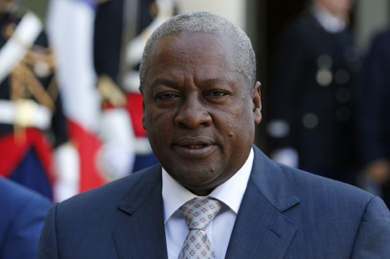 President John Dramani Mahama of Ghana talks to journalists following a meeting with French President Francois Hollande (not pictured) at the Elysee palace in Paris, France, September 27, 2016. REUTERS/Benoit Tessier