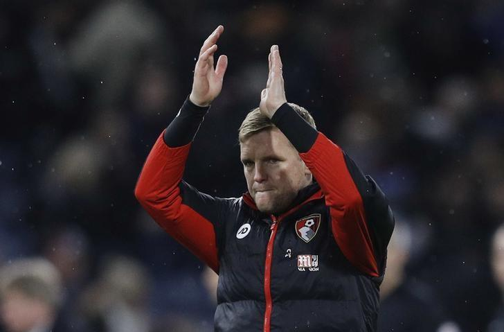 Football Soccer Britain - Burnley v AFC Bournemouth - Premier League - Turf Moor - 10/12/16 Bournemouth manager Eddie Howe applauds fans after the game  Reuters / Phil Noble Livepic