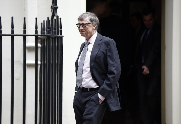 Microsoft co-founder Bill Gates leaves 11 Downing Street, in London, Britain October 26, 2016.   REUTERS/Peter Nicholls/Files