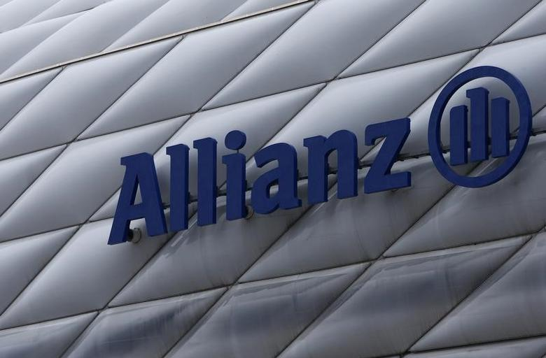 The logo of Europe's biggest insurer Allianz SE is pictured at the Allianz Arena soccer stadium in Munich February 19, 2016.   REUTERS/Michaela Rehle