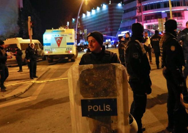 [BIZPOL] Törökország - Page 3 ?m=02&d=20161219&t=2&i=1166017029&w=&fh=&fw=&ll=780&pl=468&sq=&r=LYNXMPECBI10L