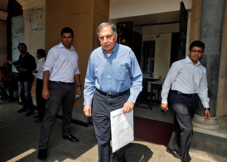 Ratan Tata, interim chairman of India's Tata group, leaves his office building in Mumbai, India October 27, 2016. REUTERS/Shailesh Andrade