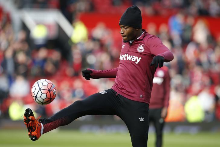 West Ham's Diafra Sakho warms up before the game. Manchester United v West Ham United - FA Cup Quarter Final - Old Trafford - 13/3/16. Reuters / Andrew Yates/ Livepic/ Files
