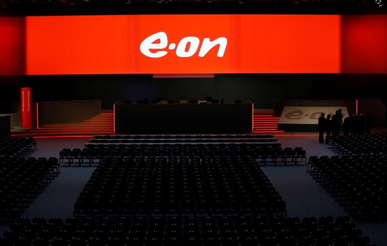 The empty stage for the board of German utility giant E.ON is seen before the annual shareholders meeting in Essen, Germany June 8, 2016.  REUTERS/Wolfgang Rattay/File Photo