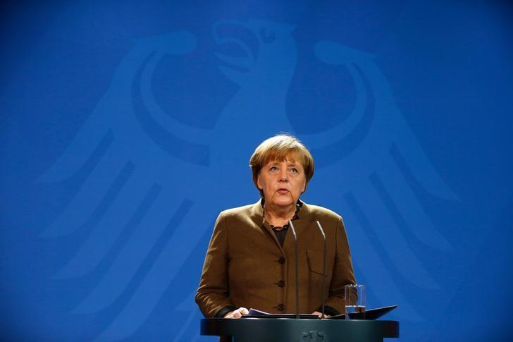 German Chancellor Angela Merkel gives a statement in Berlin, Germany, December 23, 2016.  REUTERS/Hannibal Hanschke