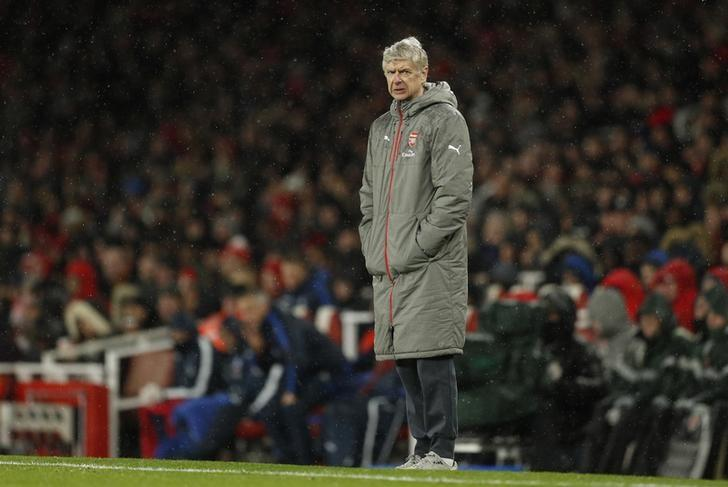 Britain Football Soccer - Arsenal v Crystal Palace - Premier League - Emirates Stadium - 1/1/17 Arsenal manager Arsene Wenger  Action Images via Reuters / John Sibley Livepic